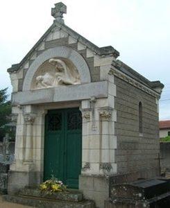 La chapelle du cimetière de Montrevault